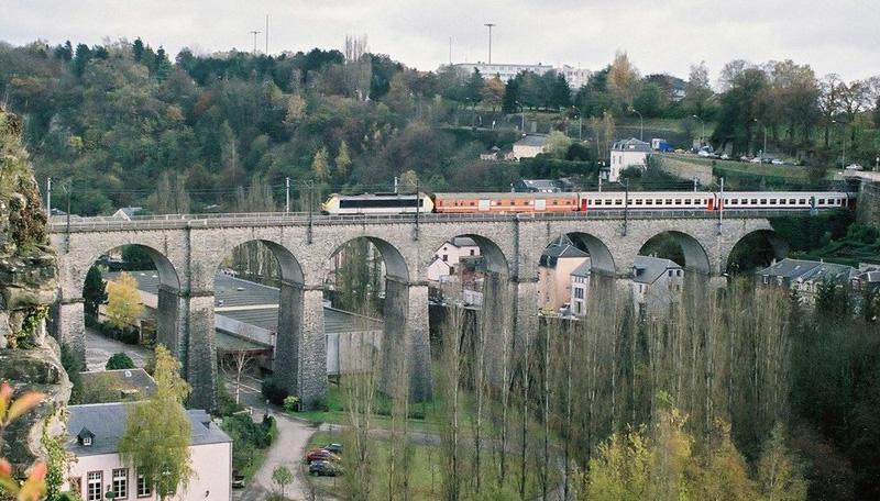 Atasi Kemacetan, Luksemburg Gratiskan Ongkos Transportasi Umum