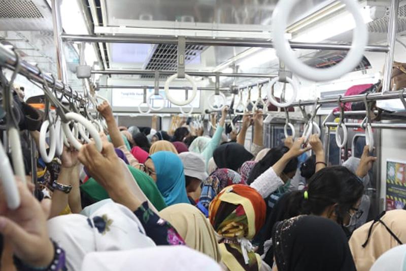Dampak Work From Home, Mulai Rindukan Transportasi Massal