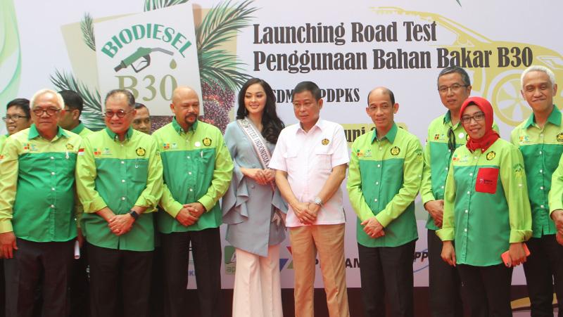 Menteri Ignasius Jonan Launching Road Test Penggunaan Bahan Bakar B30