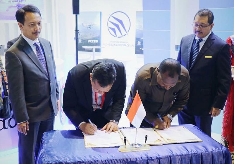 PTDI Tandatangani Framework Agreement dengan Pemkab Puncak Jaya dan Pelita Air Service